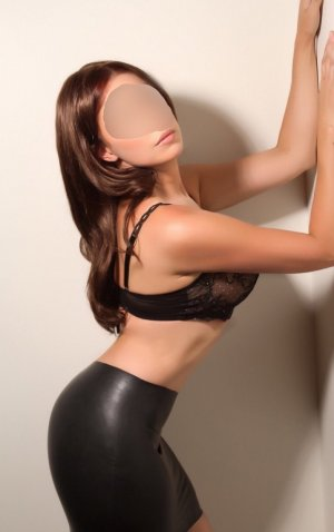Assita live escorts in Nantwich